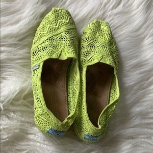 TOMS neon green lace